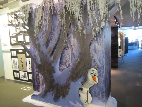 frozen_inside_studio-600x450