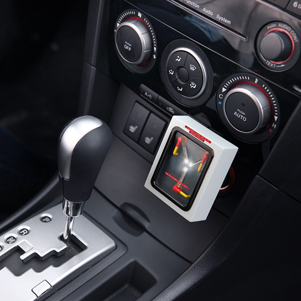 1dbd_flux_capacitor_car_charger